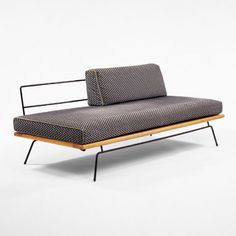 Paul Mccobb, Daybed for Winchendon, 1950s
