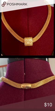 Gold mesh necklace Lovely gold mesh chain with rhinestone pendant and magnetic clasp Jewelry Necklaces