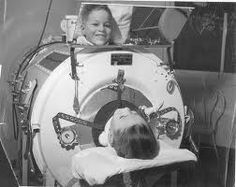 Boy in Emerson respirator (iron lung) in Herman Keifer Hospital, Detroit, Michigan, due to polio. My Mama was in an iron lung when she was in her late to early to polio. Iron Lung, 1960s Tv Shows, San Diego, Vintage Medical, Oldschool, Respiratory System, Respiratory Therapy, Medical History, Polio History