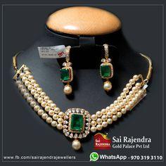 Elegant pearls choker set Sai Rajendra Gold Palace Pvt Ltd. Beautiful pearl choker studded with emeralds. Choker with matching earrings. Gold Earrings Designs, Gold Jewellery Design, Bead Jewellery, Beaded Jewelry, Saree Jewellery, Emerald Jewelry, Pearl Jewelry, Bridal Jewelry, Gold Jewelry