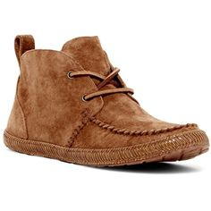 UGG Australia Kenai Chukka Boot ($70) ❤ liked on Polyvore featuring shoes, boots, ankle booties, ankle boots, che, short lace up boots, bootie boots, laced boots, short boots and laced up booties