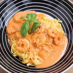 Pasta met scampi's en Boursinsaus - Spar ! Fish Recipes, Pasta Recipes, Healthy Recipes, Scampi Sauce, Pasta Scampi, Easy Cooking, Pasta Dishes, I Foods, Food Inspiration