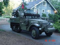 1942 International Half Track made by White motor company Jeep Truck, 4x4 Trucks, Army Vehicles, Armored Vehicles, Armor For Sale, Freightliner Trucks, Armored Fighting Vehicle, Motor Company, Panzer