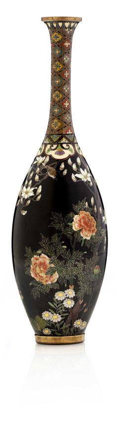 A cloisonné enamel vase, signed Kyoto Namikawa) workshop of Namikawa Yasuyuki(1845-1927), Meiji Period.