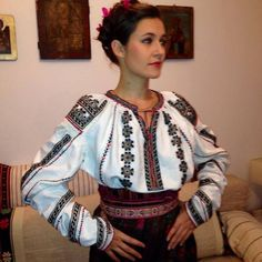 Ukie Traditional Wedding, Traditional Outfits, Folk Embroidery, Folk Fashion, Embroidered Blouse, Sari, Costume, Clothes, Anthropologie
