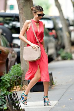 Miranda Kerr Outfit Idea: Wear a Simple Dress in a Bright Color
