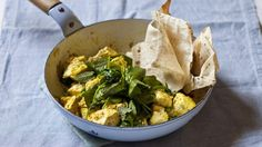 Scrambled curried tofu with spinach and peas