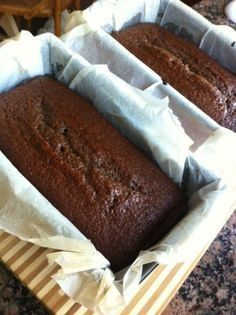 Jamaican Ginger cake - You won't see the difference with the McVities one! Except that it will be three times bigger