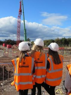 May 2015: Robertson inspires 3000 young people to consider career in construction