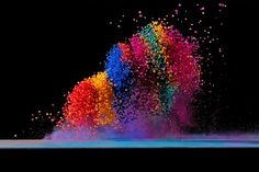 Dancing colors,  making sound waves visible by Fabian Oefner