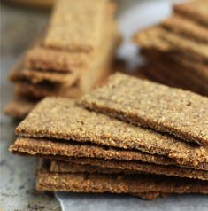 Grain Free Graham Crackers recipe - crispy sugar & spice crackers with allergy free options (nf, df, gf)