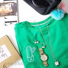 Save more money morgen in onze Super Spring Sale!! #SNFashion #somethingnewfashion #cactus #cactussweater #pompom #horloge #velvetbackpack #sieraden #sieradenwebshop #ellemagazine #ELLEapril