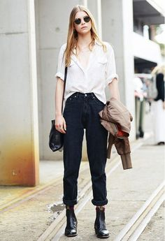 How the Street Style Elite Wears Summer Denim - Rolling rather than cuffing
