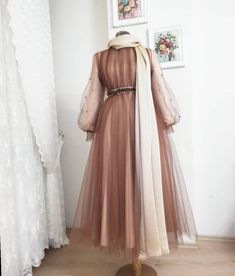 hochzeit ✔ Modekleider Formal Chic The Guide to Maternity Clothes Maternity cloth Hijab Evening Dress, Hijab Dress Party, Hijab Style Dress, Hijab Wedding Dresses, Modest Dresses, Simple Dresses, Dress Outfits, Fashion Dresses, Formal Dresses