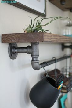 DIY pipe shelf tutorial with directions #diypipeshelf #pipeshelf #pipeshelving