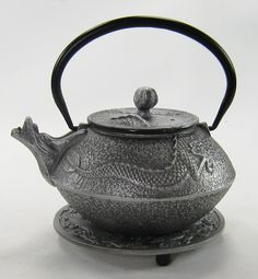 silver dragon cast iron tea pot