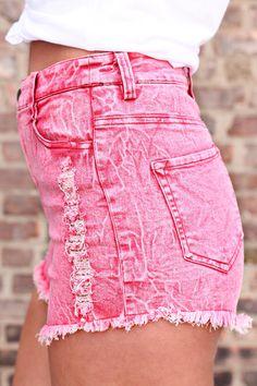 Distressed Acid Wash Denim Shorts | uoionline.com: Women's Clothing Boutique