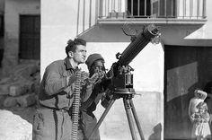 Spain - 1937. - GC - Morris Brier and Otto Reeves with Anti-war Machine-Gunner MacKenzie-Papineau Battalion