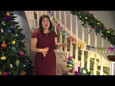How to decorate with Christmas lights * Kirstie Allsopp All Things Christmas, Christmas Ideas, Christmas Crafts, Merry Christmas, Decorating With Christmas Lights, Christmas Decorations, Tree Lighting, Home Crafts, Celebrations