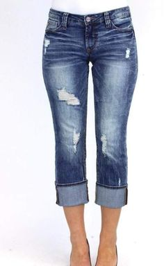 The Playback Cuffed Jean by Dear John features a flattering curvy fit and a straight leg. It has the easy-going feel of a boyfriend jeans, with a more feminine touch. Front distressing gives this stre Stitch Fix Fall, Stitch Fit, Denim Capris, Cuffed Jeans, Cropped Jeans, Jean Capri Outfits, Summer Capri Outfits, Cool Outfits, Casual Outfits