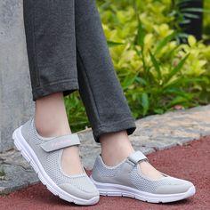 a59f2014cb9ae Zapatillas de deporte para las mujeres al aire libre malla transpirable  Mujer saludable zapatos para caminar antideslizante verano pisos tenis  zapato ...