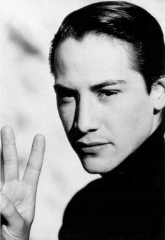 This is the Keanu Pic of the Day Club International list. Join this FREE club to receive an electronic image of Keanu Reeves every day in your email inbox.