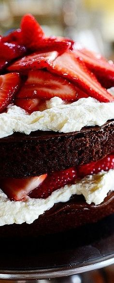 Chocolate Strawberry Nutella Cake | The Pioneer Woman Cooks | Ree Drummond