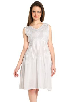White Ladies Cinched waist dress Indian Hand craft by Kurtis Tops, Perfect Fit, White Dress, Classy, Pure Products, Boho, Trending Outfits, Maid Dress, How To Wear