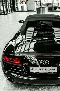 Audi R-8