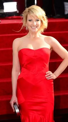 Melissa Rauch Can Smile With t is listed (or ranked) 9 on the list The 22 Hottest Melissa Rauch Photos
