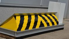 GUARD - electromechanical road blocker - shallow mounted