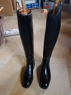 Equestrian Boots, Maya, Rubber Rain Boots, Riding Boots, Shoes, Fashion, Horse Riding Boots, Moda, Zapatos