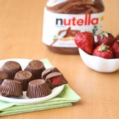 Nutella Strawberry Chocolate Cups. WHAT??