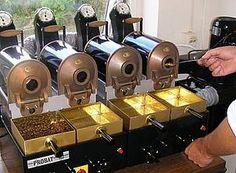 Probat: Laboratory Roasters Small roasters (roast and go) Coffee Cafe, Drip Coffee, Coffee Machine, Espresso Machine, Coffee Culture, Cafe Shop, Coffee Is Life, Coffee Roasting, Coffee Beans