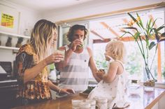 Documentary Inspired   Lifestyle Photography   Real Moments   Raw Emotion   Day in the Life   In-Home Session