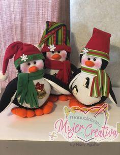 Christmas Stockings, Christmas Ornaments, Holiday Decor, Home Decor, Holiday Ornaments, Fabrics, Pintura, Art, Christmas Crafts