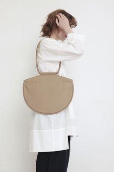 ARE STUDIO, Olla Shoulder Bag, Dust | Mr. Larkin