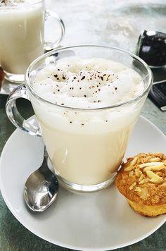 Earl grey latte Earl Gray, Glass Of Milk, Latte, Panna Cotta, Bacon, Cukor, Pudding, Drinks, Grey