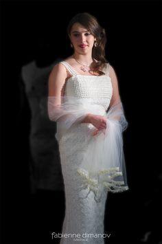 Gatsby - L'Amour est éternel - Robe de mariée - Robe de mariage civil - Robe d'invité - robe de demoiselle d'honneur #robedemariee #robedemariee #robedemarieesurmesure #mariage #mariee #bridaldress #lamouresteternel #artsmode 2018 #artisansdart91 #defiledemode Gatsby, Victorian, Collection, Dresses, Art, Fashion, Skater Bridesmaids Gowns, Love, Vestidos