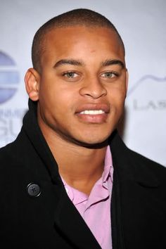 Ooh the 90's were the grwatest M_P_E_T Famous Black Actors Male | Black Celebrity Men: Black Celebrity Men at NIKE event.