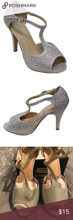 Bella Marie Shoes Womens Stacy-94 Glittering Flats with Braid Chain