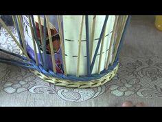 """Плетём корзину из газетных трубочек узором """"Ромбовидная сеточка"""" с Натальей Сорокиной. - YouTube"""