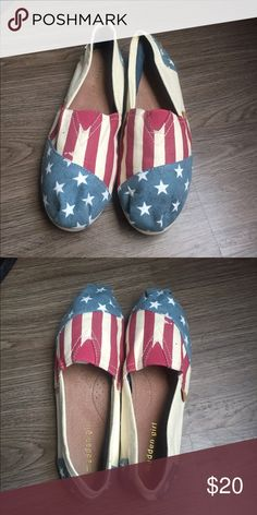 American flag shoes Super cute American flag madden girl shoes. Worn once. Great condition. Madden Girl Shoes Flats & Loafers