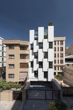 Galeria de Edifício de Escritórios Kar – Khaneh / DOT Architects - 4