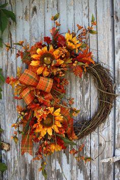 Cute summer spring wreath yellow sunflower burlap wall decor or front door decor cheery sunflowers with fun burlap bow on grapevine wreath Wreath Crafts, Diy Wreath, Door Wreaths, Grapevine Wreath, Wreath Ideas, Thanksgiving Wreaths, Autumn Wreaths, Holiday Wreaths, Corona Floral