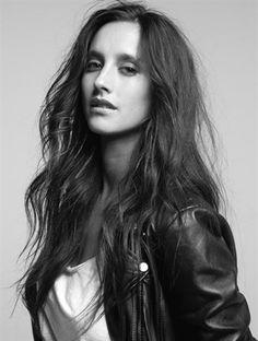 Trokán Nóra Actresses, Long Hair Styles, Celebrities, Beauty, Female Actresses, Celebs, Long Hairstyle, Long Haircuts, Long Hair Cuts