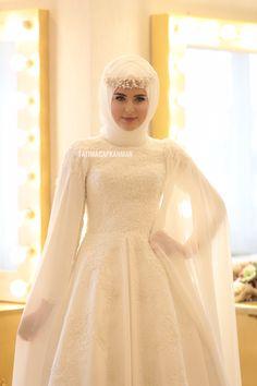 Our Summer Fashion Wedding Dresses Muslim Wedding Gown, Muslimah Wedding Dress, Hijab Style Dress, Top Wedding Dresses, Pakistani Wedding Dresses, Wedding Dress Trends, Short Bridesmaid Dresses, Bridal Dresses, Hijabi Wedding