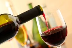 Dairy-Free and Vegan Alcohol: A Quick Guide to Wine, Beer and Mixed Beverages