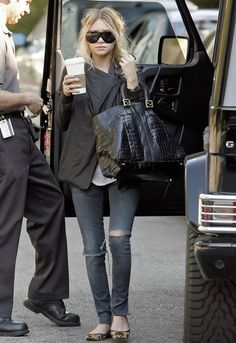 Ripped jeans are a no but I like the pairing of flats with skinny jeans and will have to try that.