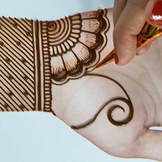 simple mehndi designs for hands - Henna designs hand -